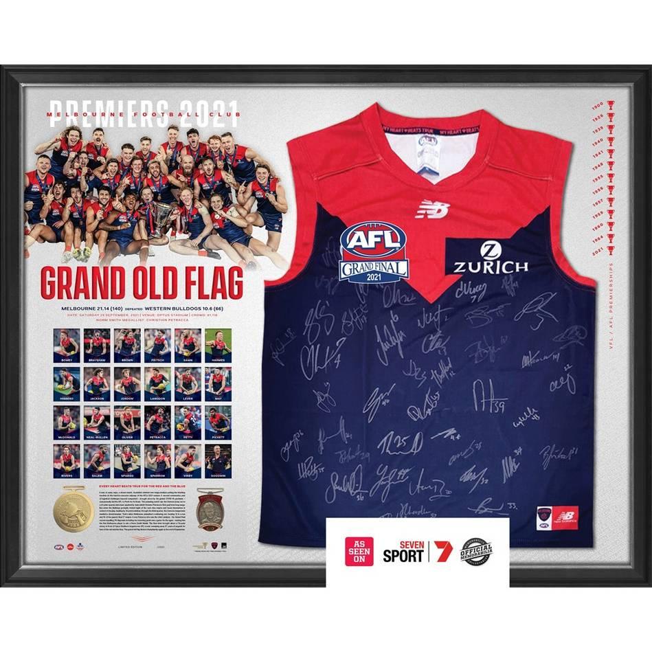 Melbourne 2021 Premiers Team Signed Guernsey0